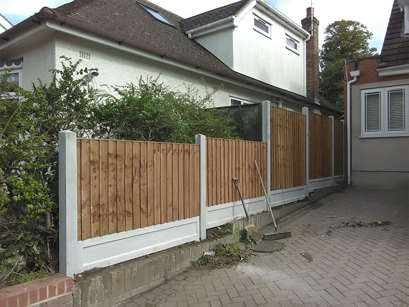 Garden Fencing in Newcastle Under Lyme - Checkatrade Approved